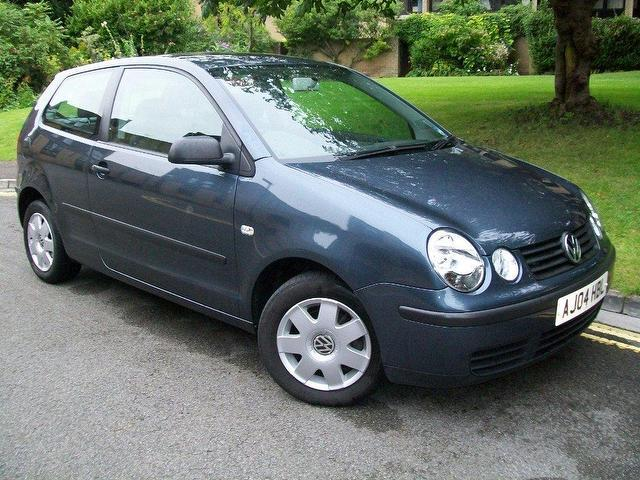 Used_Volkswagen_Polo_2004_Grey_Hatchback_Diesel_Manual_for_Sale_in_City_Of_Bristol_UK