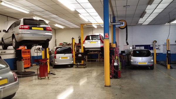 about-solent-mot-centre